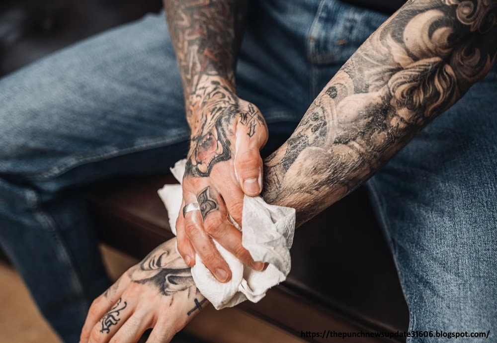 Daily-Cleaning - tattoo healing process